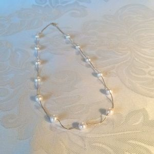 14Kt Gold Necklace with Pearls